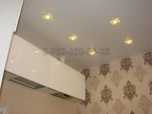 Как расположить светильники на натяжном потолке в разных помещениях