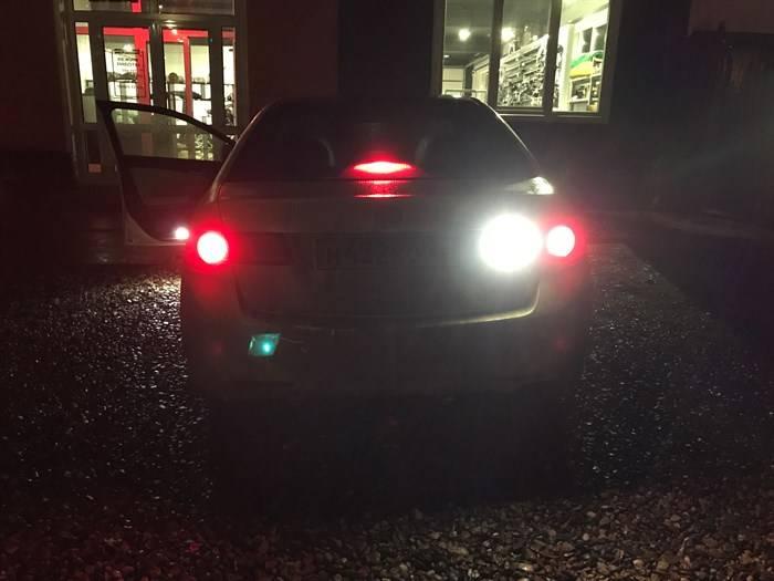 Можно ли использовать светодиодные лампы в фарах авто по закону
