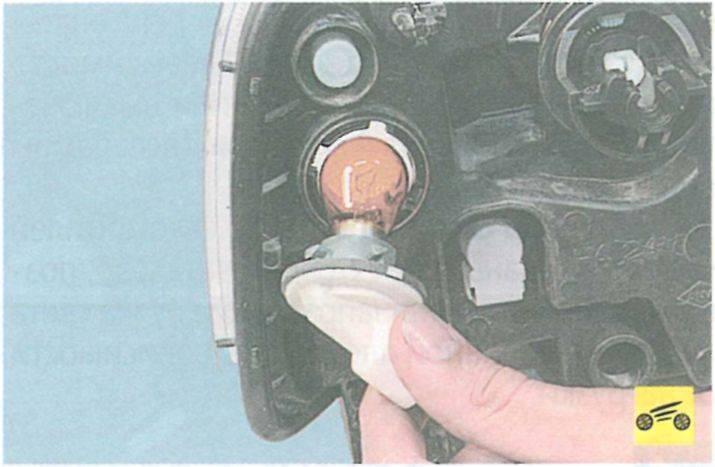 Замена габаритных лампочек рено сандеро — рассказываем главное