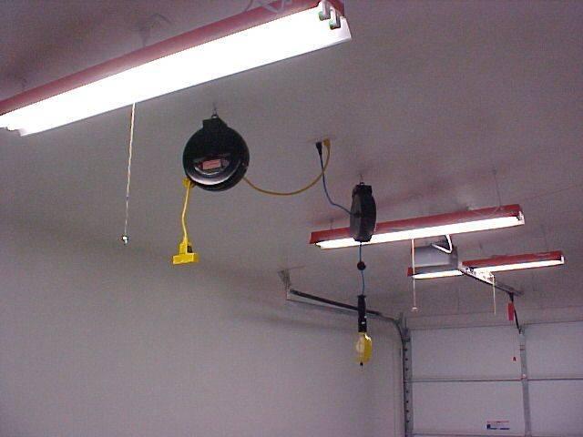 Как выбрать и сделать своими руками освещение в гараже