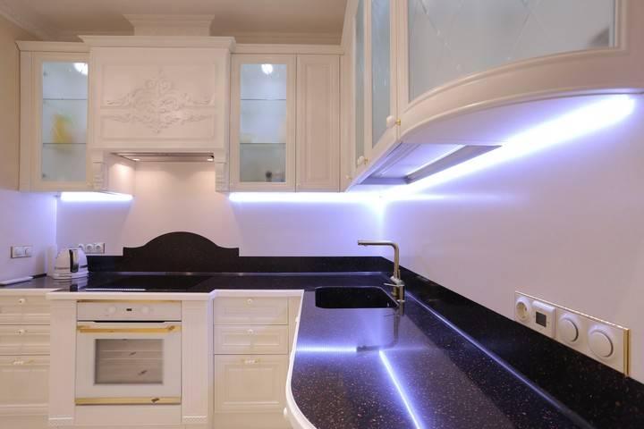 Как делается подсветка рабочей зоны на кухне