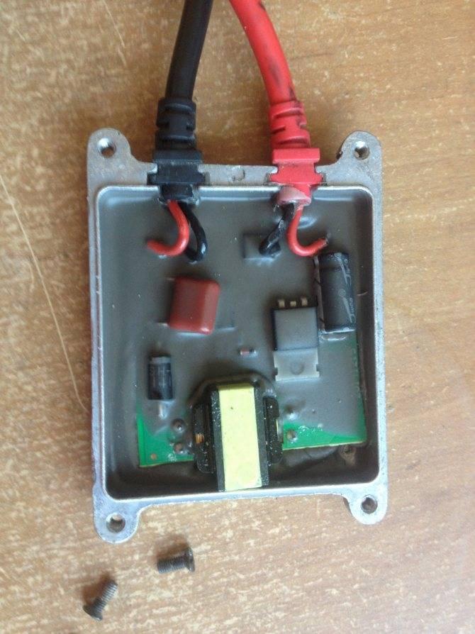 Как проверить блок розжига ксенона - без лампы, в домашних условиях, мультиметром, тестером, лампы