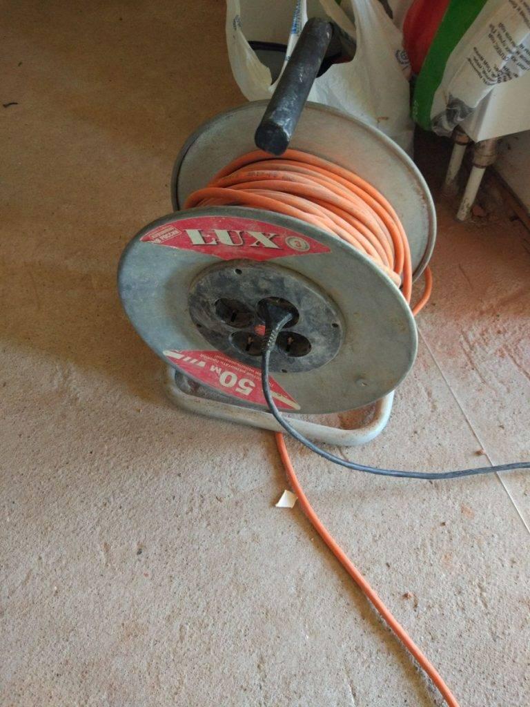 Катушка для кабеля своими руками - полезные советы по ремонту и строительству