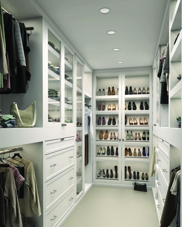 Гардеробные комнаты маленьких размеров, особенности, требования