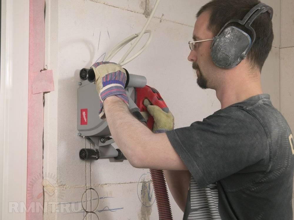 Как штробить стены под проводку болгаркой своими руками: сделать штробы в бетоне без пыли